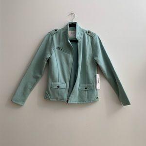 M size Carve Designs soft jacket